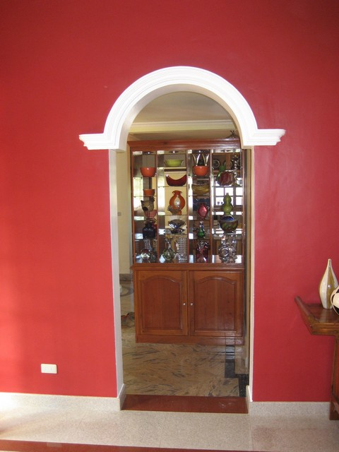 Kitchen/Dining room entryway arch
