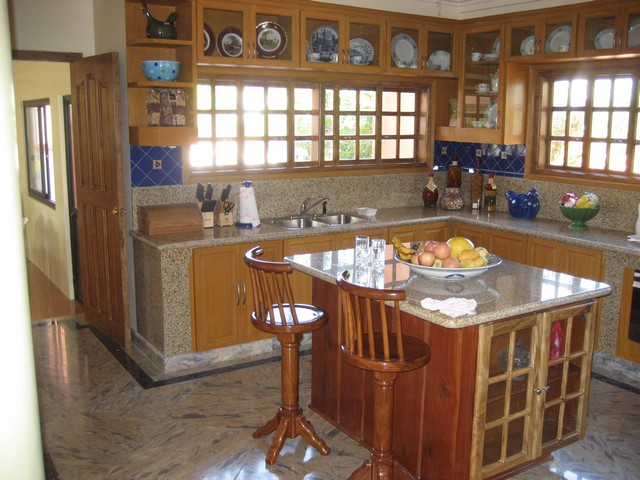 Small Kitchen Island Pictures